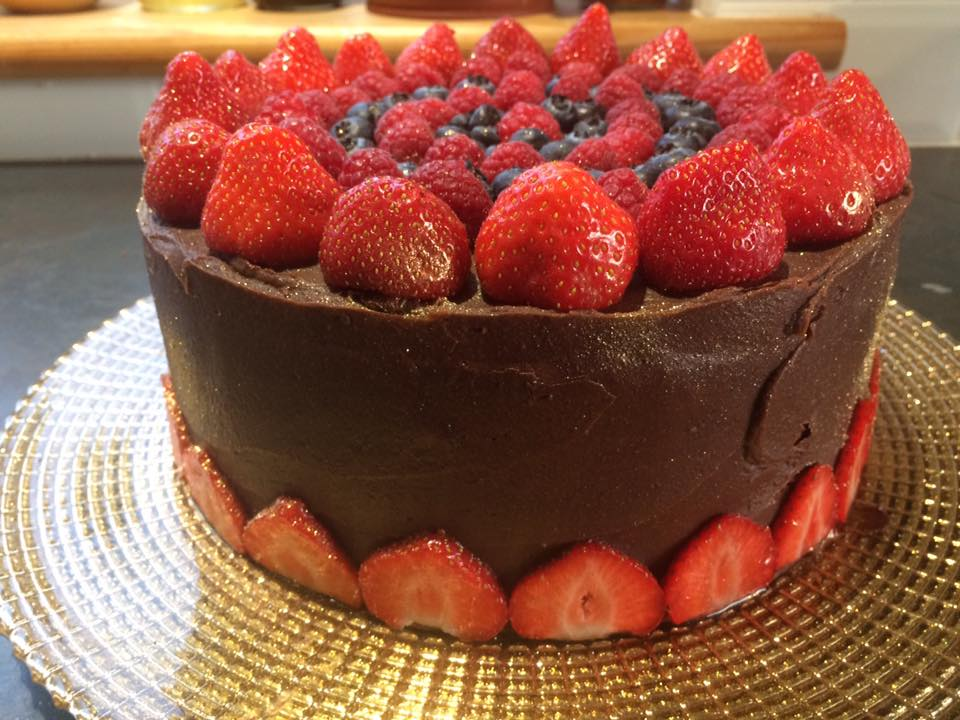 Chocolate Fudge & Berry Cake
